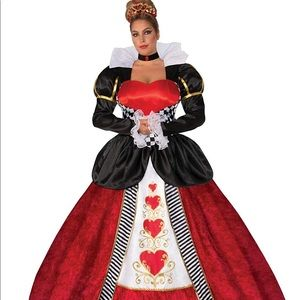 SOLD on crosspost Plus Size Queen of Hearts